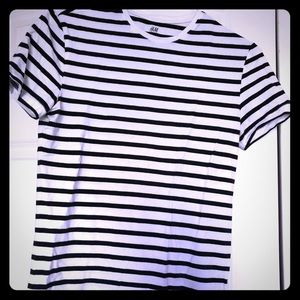 H&M Muscle Fit Tee